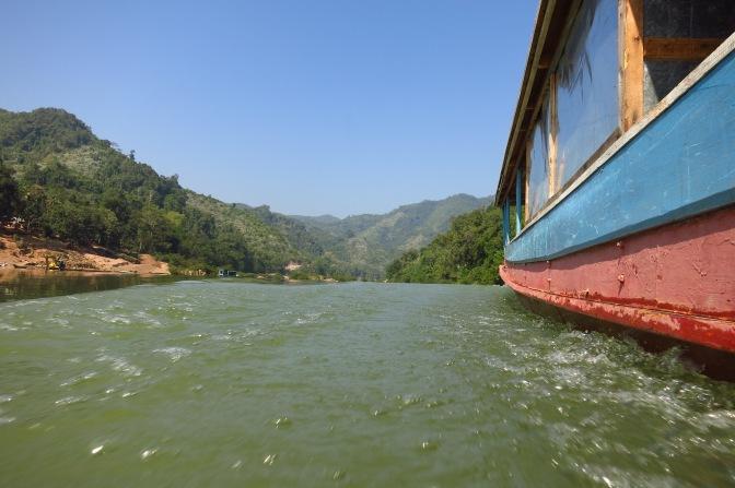 En bateau sur la rivière Nam Ou