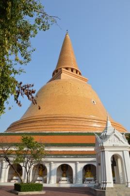 L'immense chedi de Nakhon Pathom