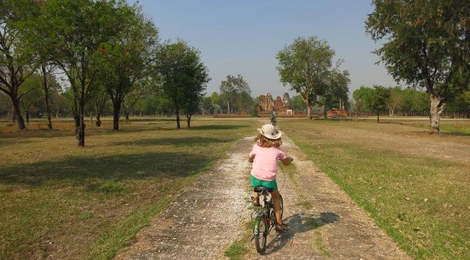 Sukhothai: à pied et à vélo dans le parc historique