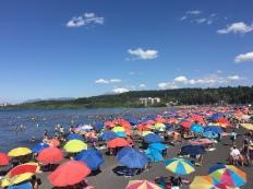 L'après-midi, c'est la foule sur les plages