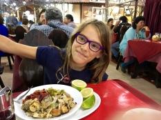 Assiettes de fruits de mer cuits et froids