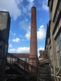 La cheminée de 43 mètres
