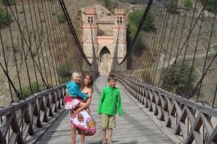Le pont qui délimite la frontière entre Sucre et Potosi