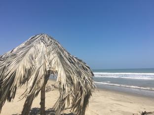La mer, le sable, le ciel bleu...